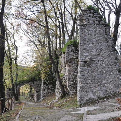 Serino Castello e Santuario Madonne delle Grazie (2)