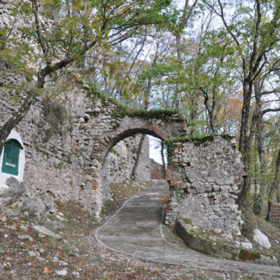 Serino Castello e Santuario Madonne delle Grazie (1)